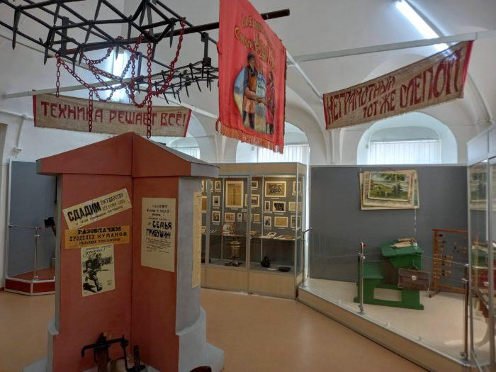 Кунгурский краеведческий музей. Тут надо смотреть неспешно и читать